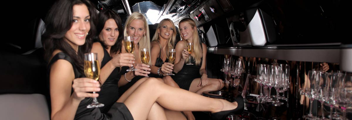chrysler limo hire Wakefield